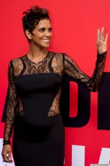 Halle Berry Attends Red Carpet of the MovieThe Call in Rio de Janeiro